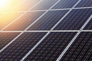 האם טכנולוגיה סולארית יכולה להרוג תאים סרטניים?